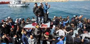 Crowded Boat 1859634B 300X148